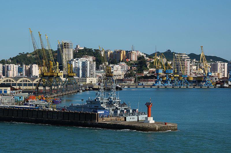 Ostrvo Inamori Durres_harbor_from_the_sea